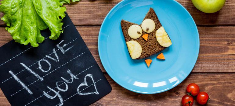7 trucos para que tu hijo coma sano.